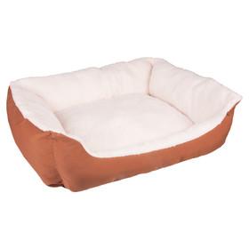 unterbringung des hundes platz im gemeinsamen zuhause. Black Bedroom Furniture Sets. Home Design Ideas